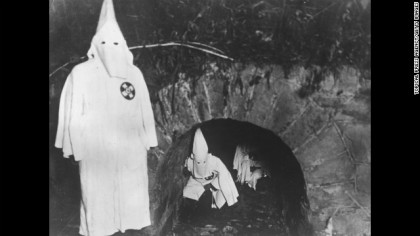 KKK-TunnelMeeting