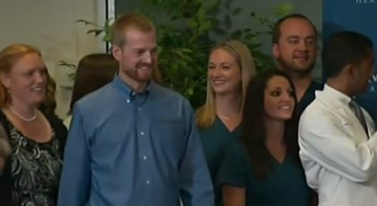 Ebola Patient Dr. Kent Brantly Says 'God Saved My Life', Goes Home