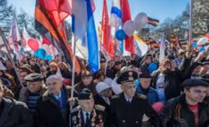 Thousands March Against Ukraine War in Moscow