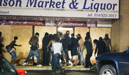 "FBI Say's Agitators More ""Militarized"" Than Police In Ferguson"